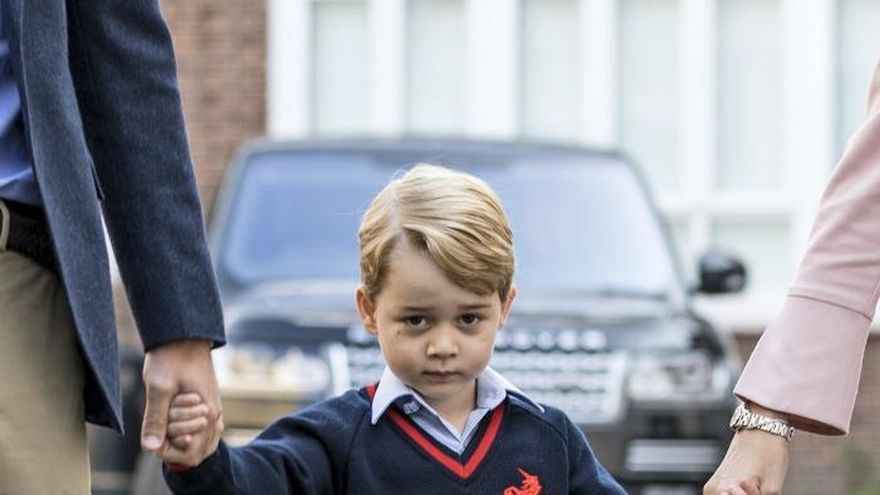 Cadena perpetua para un británico por incitar un ataque contra el príncipe Jorge