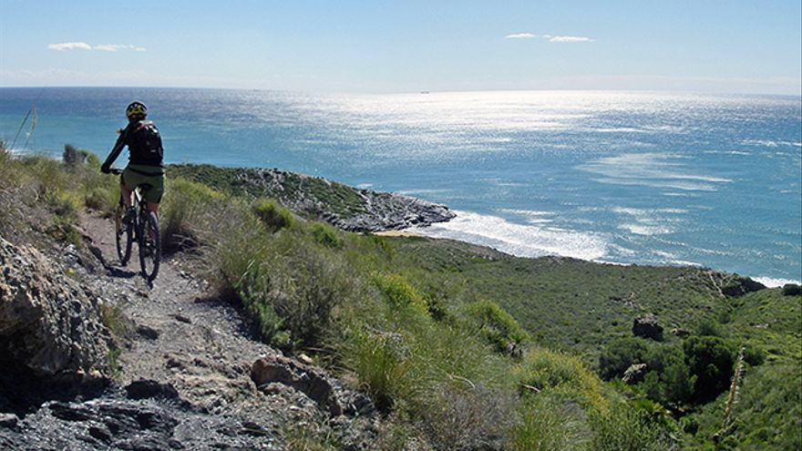 En el sendero que lleva a Punta Negrete.