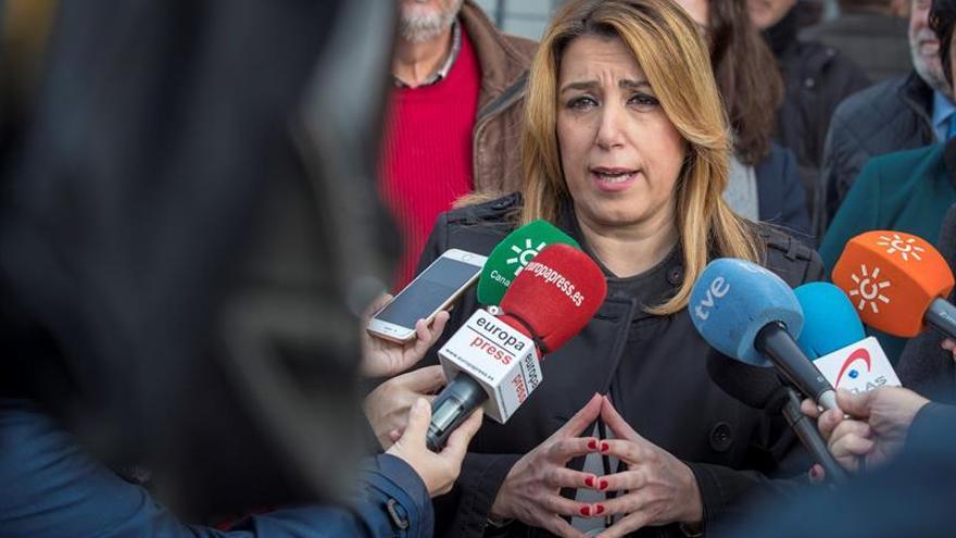 Díaz confía que Rajoy deje de boicotear jornada de 37,5 horas de funcionarios