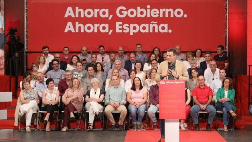 """Sánchez reconoce la """"deuda de España con Extremadura"""" y dice que hará realidad los compromisos en infraestructuras"""