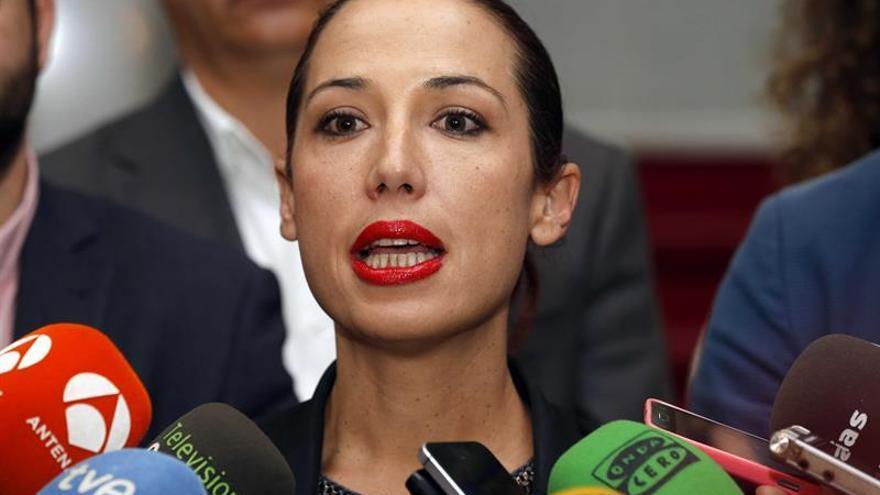 SE ROMPE EL PACTO DE GOBIERNO EN CANARIAS Y CESAN LOS CUATRO CONSEJEROS PSOE