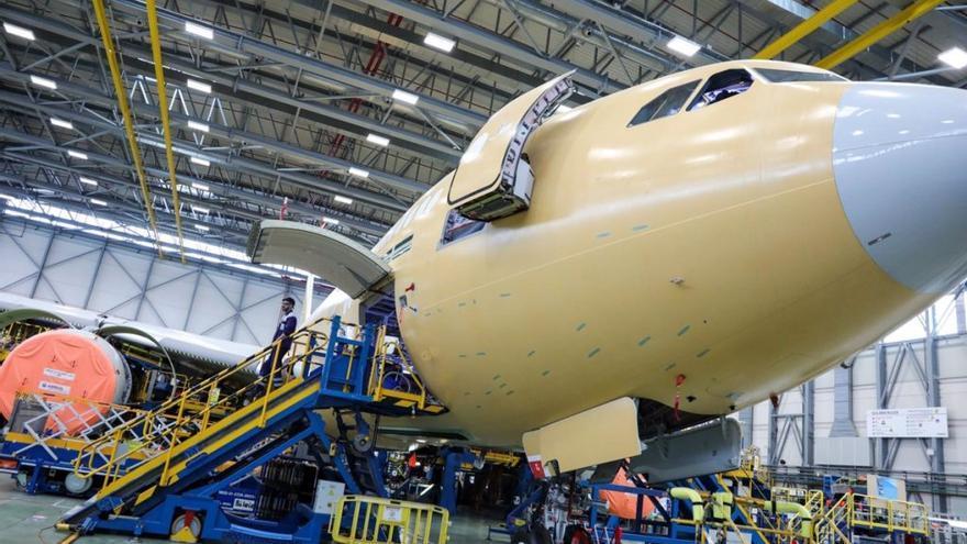 """Alianza en Toledo para salvar el sector aeroespacial: """"Todas las empresas están en ERTE"""""""