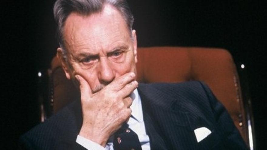 """El político británico Enoch Powell, cuyo discurso xenofóbico de los """"Ríos de Sangre"""" en 1968 alentó el sentimiento anti-inmigrante."""