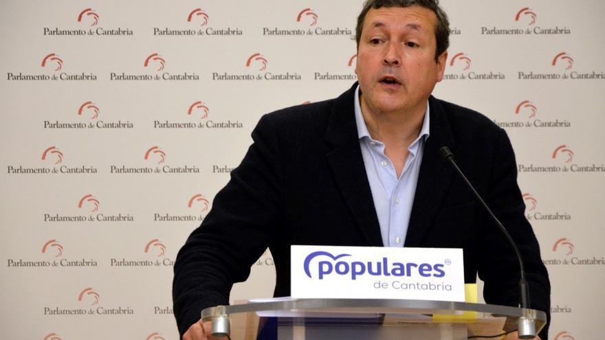 Archivo - Iñigo Fernández, portavoz del PP en el Parlamento de Cantabria