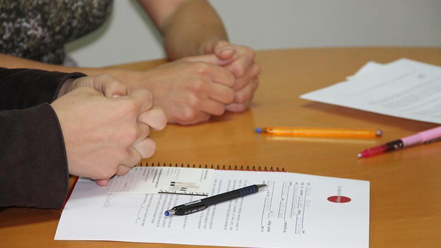En la Fundación Integra las mujeres aprenden a hacer un currículum y a cómo enfrentarse a una entrevista de trabajo / Fundación Integra