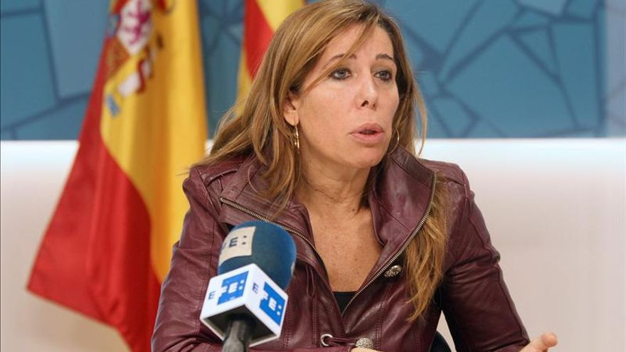 """Sánchez Camacho advierte a Mas que tendrá """"graves consecuencias"""" si no suspende el 9N"""