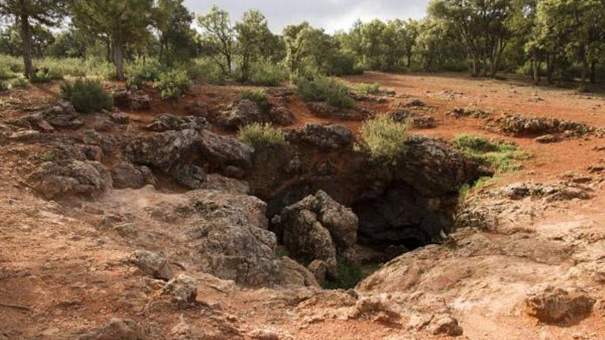 Resultado de imagen de cueva de Montesinos.
