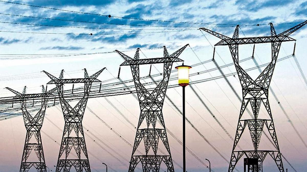 Pese a la venia oficial para que Manzano se quede con Edenor, el gobierno admite que el sistema eléctrico es inviable