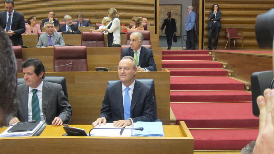 Fabra propone reducir un 20 por ciento el número de diputados en las Cortes Valencianas, hasta un máximo de 79