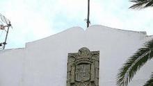 El municipio tinerfeño de Tacoronte mantiene dos símbolos franquistas que el pleno aprobó retirar en 2009