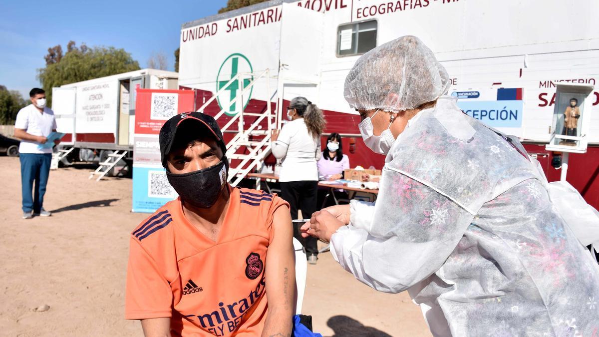 La vacunación, esencial para poder frenar la pandemia.
