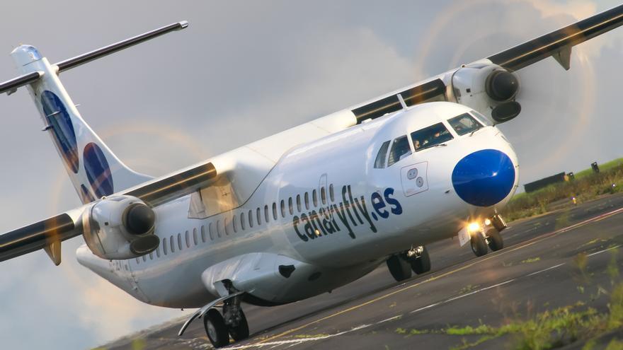 Avión de Canaryfly.