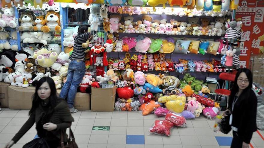 Disney rompe con fabricante chino de juguetes que infringía normas laborales