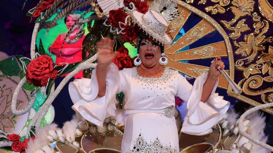 Candelaria Pérez Domínguez, tras conocer que era la ganadora del certamen