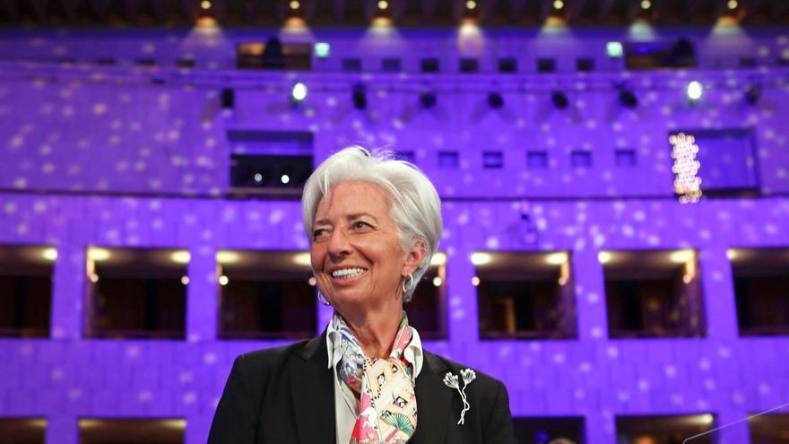 Lagarde: no está decidido terminar las compras de deuda en marzo de 2022