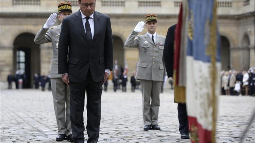 Hollande y Obama examinan su cooperación militar en Siria