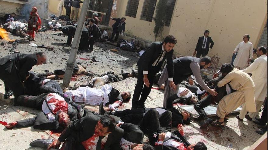 Pakistan Bomb Blast / Jamal Taraqai, Pakistan, European Pressphoto Agency