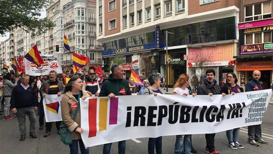 """Una manifestación en favor de la República pide en Santander """"poder decidir"""" el modelo de Estado"""