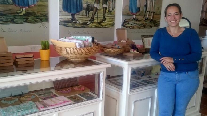 Susana Machín ha visitado este viernes la Escuela de Artesanía.
