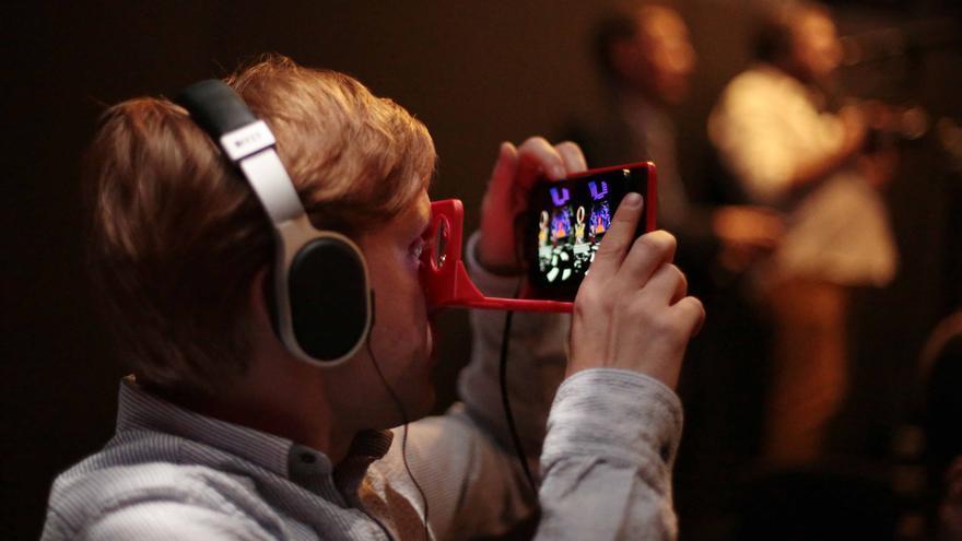 El objetivo de Brian May es hacer la realidad virtual asequible para todos los bolsillos