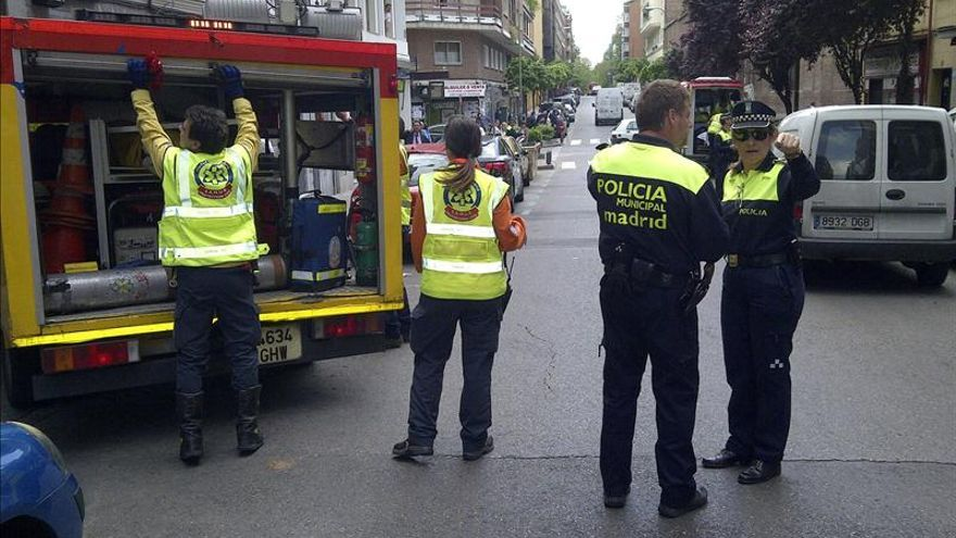 Muere una niña de 2 años atropellada en la puerta de un taller en Madrid