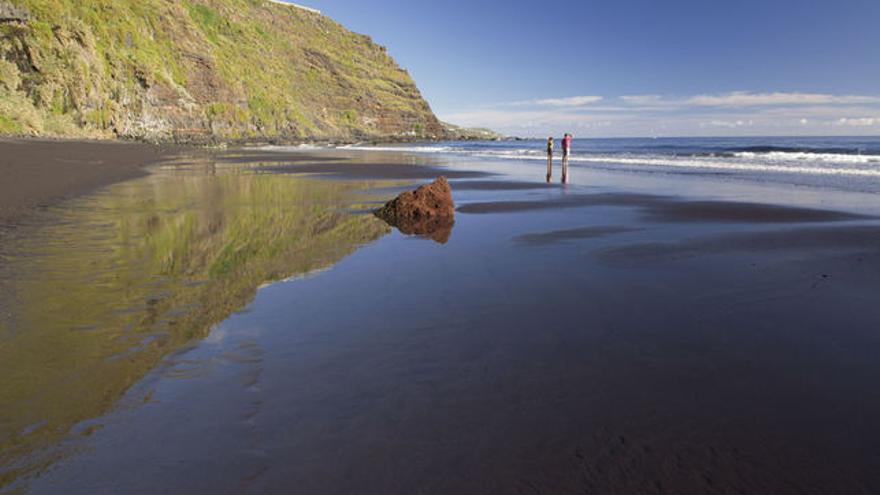 En la imagen, la playa de Nogales de Puntallana.