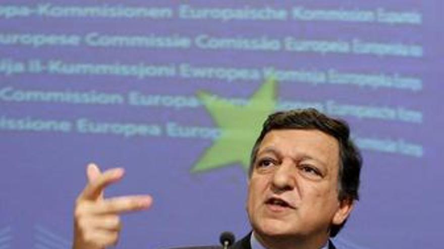 Bruselas propone suspender ayudas comunitarias a países con déficit excesivo