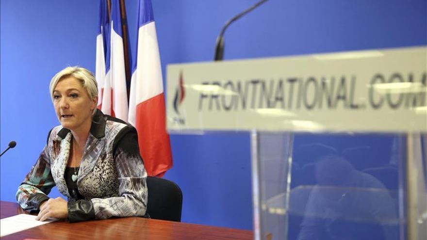 Marine Le Pen pide elecciones legislativas anticipadas en Francia