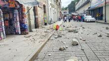 Un fuerte terremoto sacude la costa de México y hace sonar las alarmas de tsunami