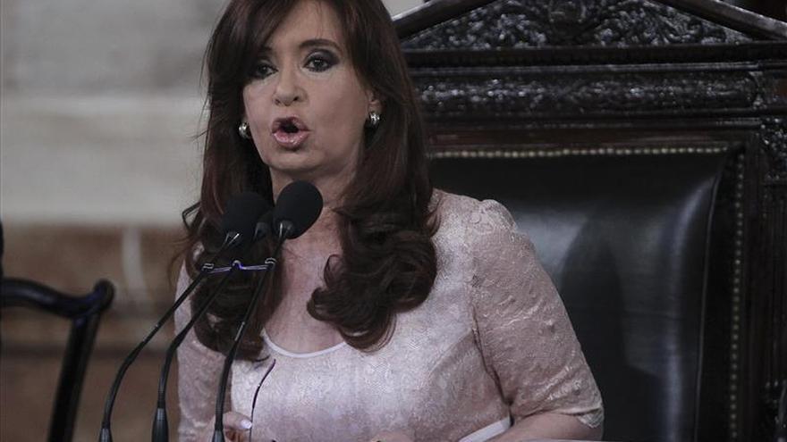 """La presidenta argentina pide """"cuidar lo logrado"""" en el Día del Trabajo"""