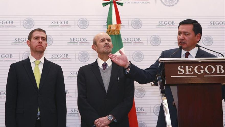 """Acuerdan """"blindaje"""" para los estados mexicanos colindantes con Michoacán"""
