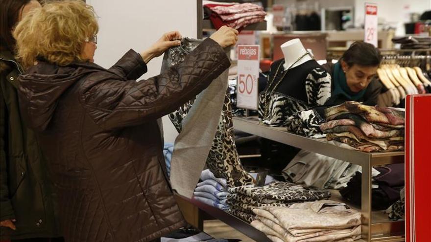 El comercio cerrará su segundo año en positivo apoyado en la  Navidad