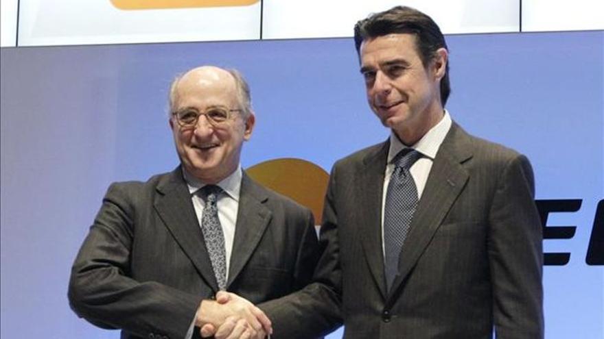 Antonio Brufau junto a José Manuel Soria