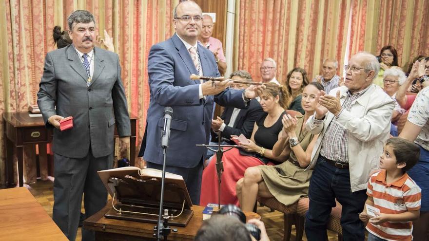 Anselmo Pestana, este lunes, tras la toma de posesión del cargo de presidente de Cabildo del mandato 2015-2019