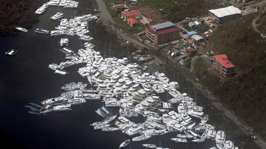 El huracán María azota la costa sureste de EEUU y Lee se fortalece a categoría 2