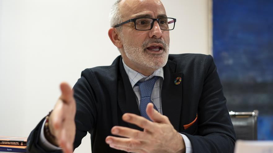 Miguel Rodríguez, consejero de Sanidad de Cantabria. | JOAQUÍN GÓMEZ SASTRE
