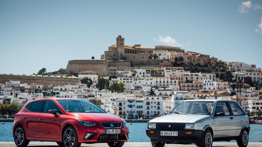 Primera y quinta generación del Seat Ibiza.