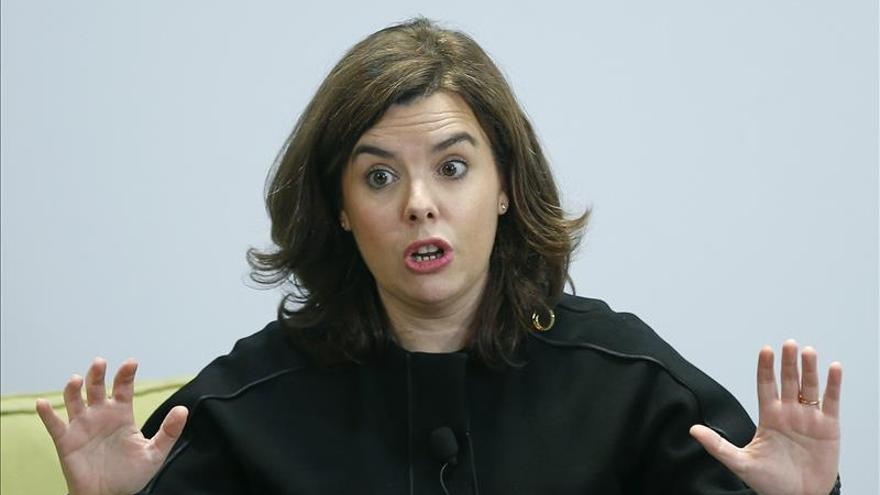 S.Santamaría agradece las innumerables muestras de apoyo a Rajoy
