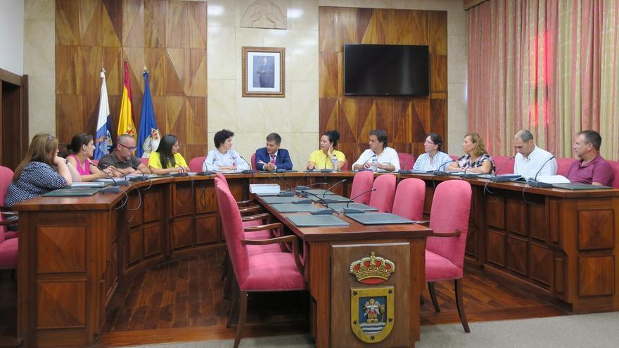 Imagen de la reunión con el Comisionado de Inclusión Social y Lucha contra la Pobreza.