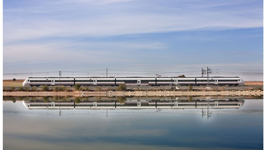 Las emisiones de CO2 del ferrocarril son sustancialmente menores que las del coche o el avión.