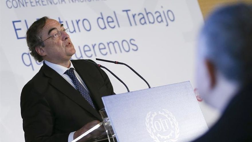 La CEOE insiste en la moderación salarial para consolidar la recuperación