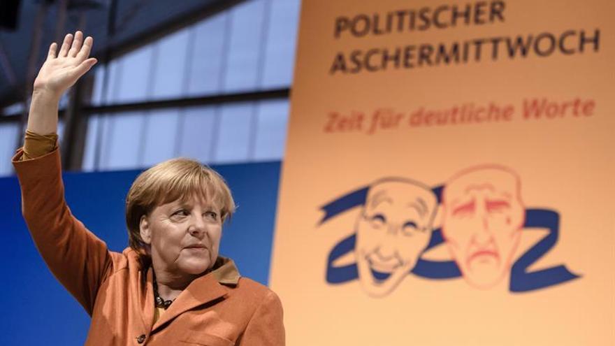 Refugiados y terrorismo, claves de la visita de Merkel a Egipto y Túnez