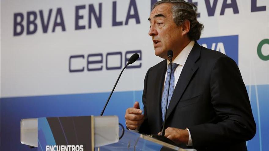 La CEOE dice que la reforma laboral no se puede quitar de un plumazo