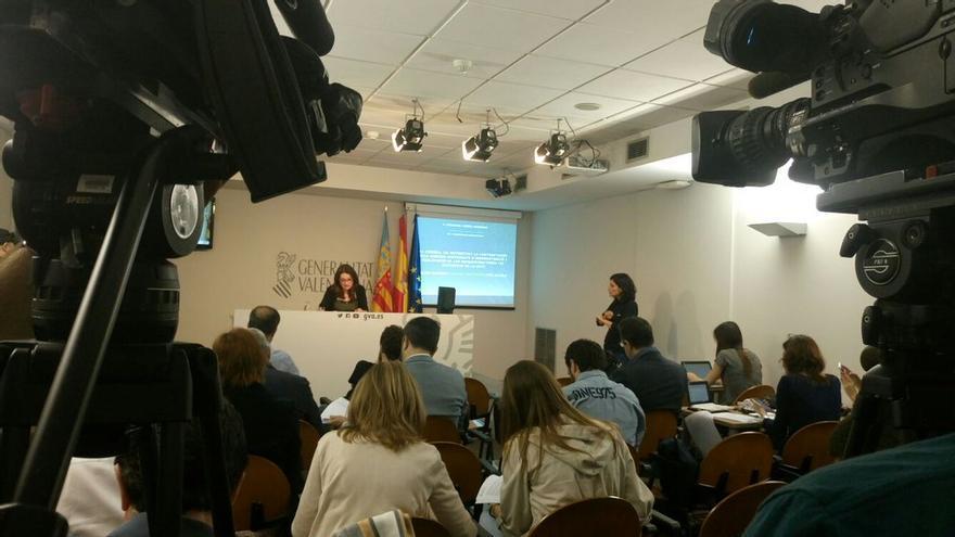 La vicepresidenta valenciana, Mónica Oltra, en rueda de prensa