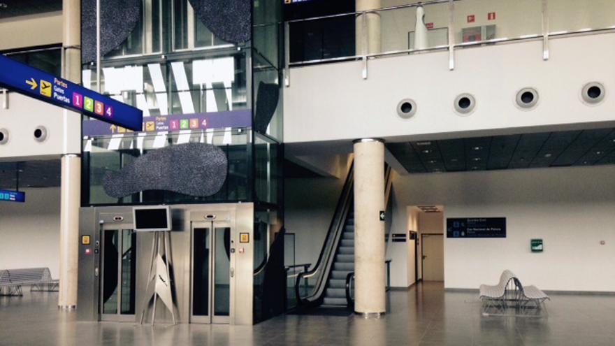 Las instalaciones del Aeropuerto de Castellón, desiertas en pleno verano