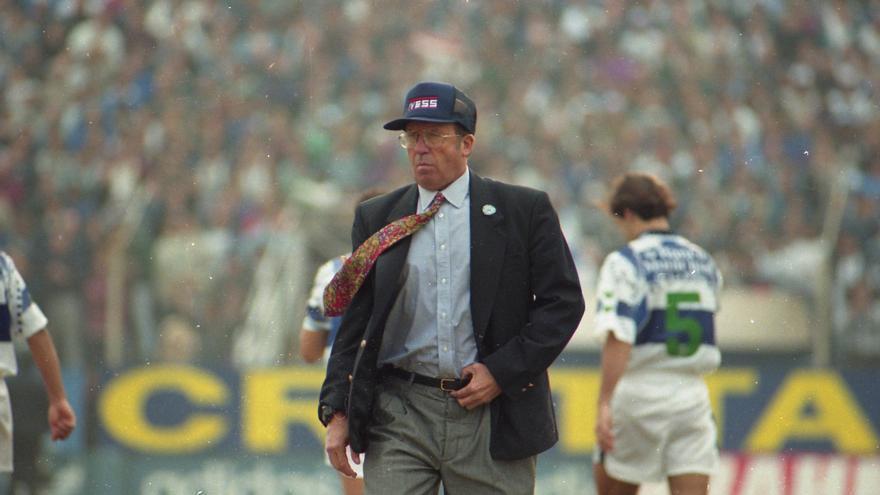 Carlos Timoteo Griguol, maestro del fútbol argentino y exDT campeón con Rosario Central, Ferro Carril Oeste y River Plate, falleció hoy a los 86 años.