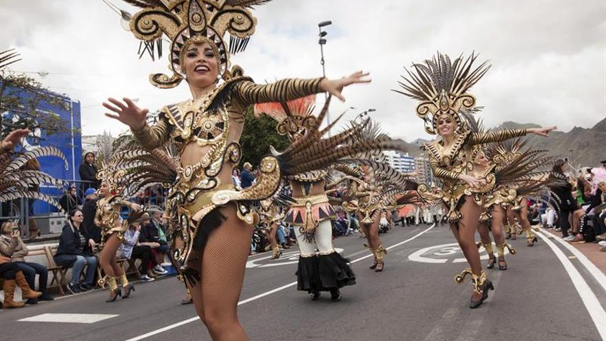 Desfile carnavalero de esta tarde en Santa Cruz