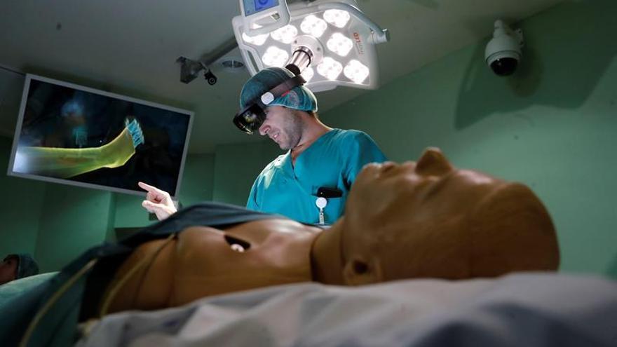 Gafas de realidad aumentada y hologramas para operar en el Gregorio Marañón