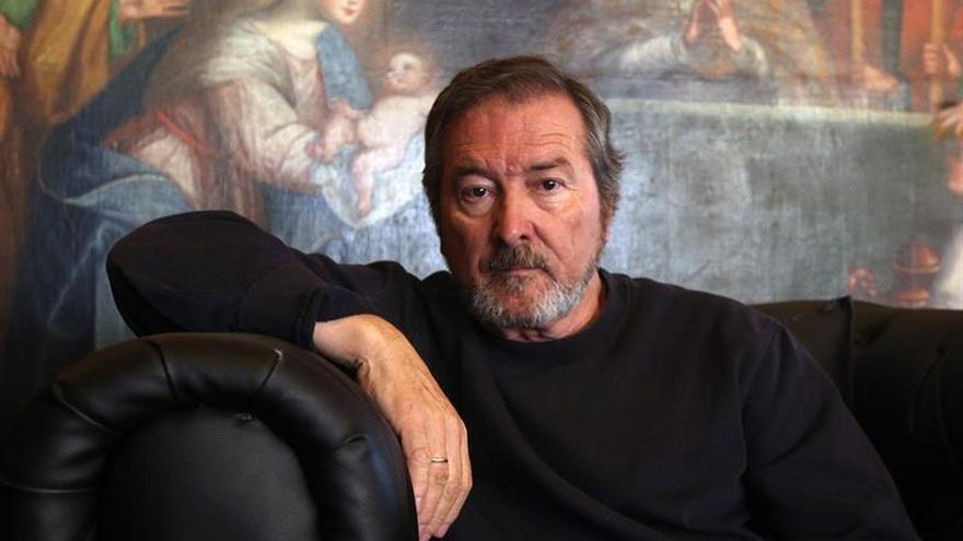 El autor español Juan José Benítez cosecha reconocimientos en Bolivia