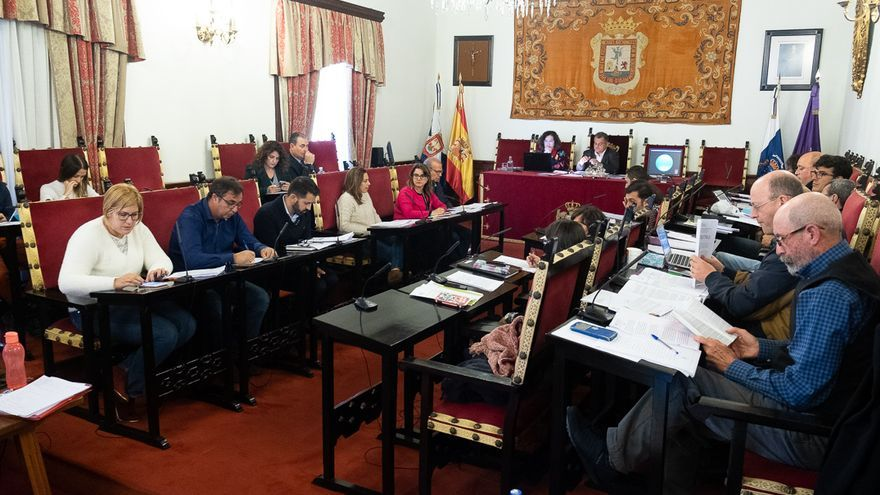 Imagen de archivo de un pleno celebrado en el Ayuntamiento de La Laguna